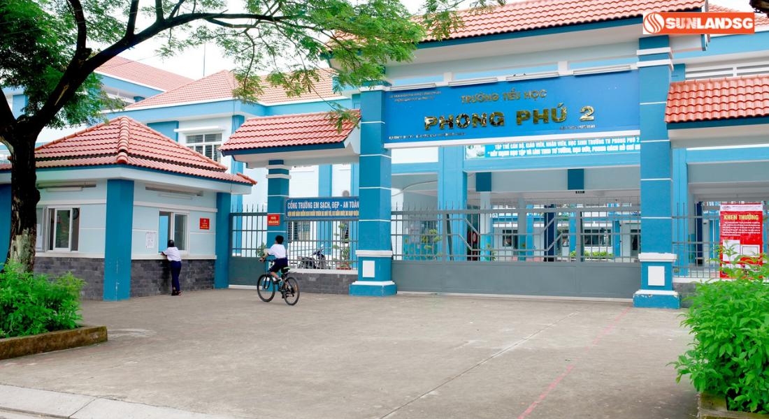 Hệ Thống Trường Học Phong Phú