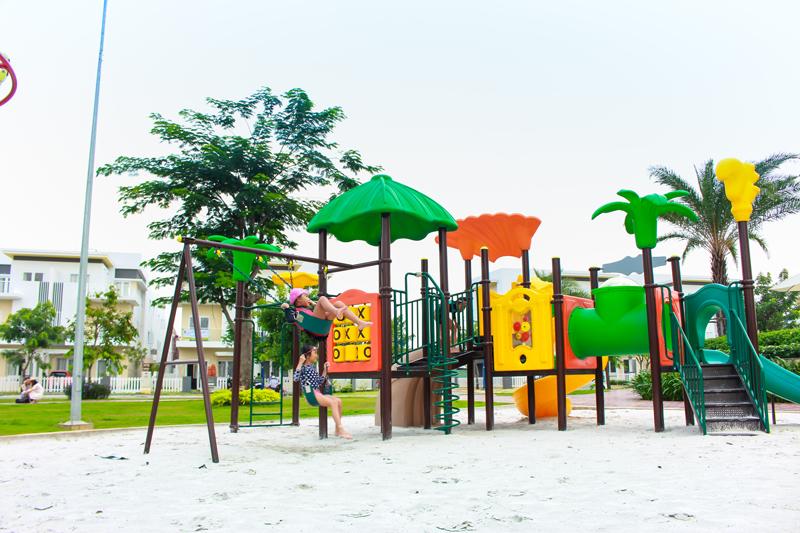 khu vui chơi dành cho trẻ em tại khu biệt thự Melosa Garden