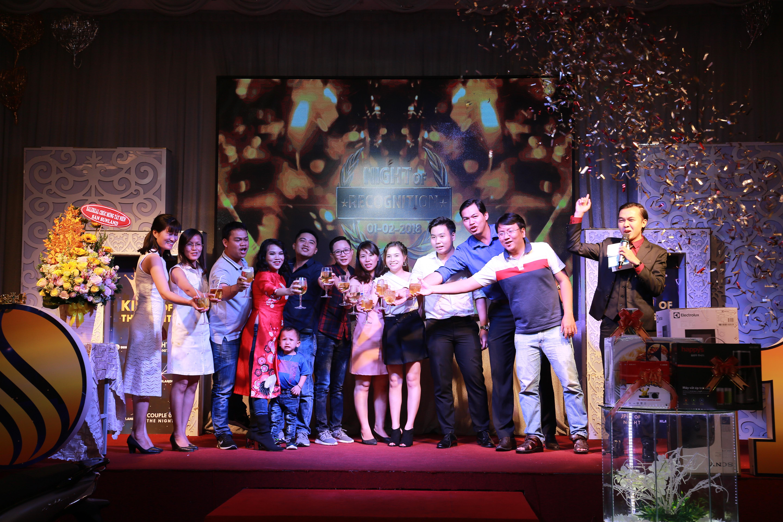 Tập thể SunlandSG kính chúc quý khách hàng một năm mới an khang thịnh vượng