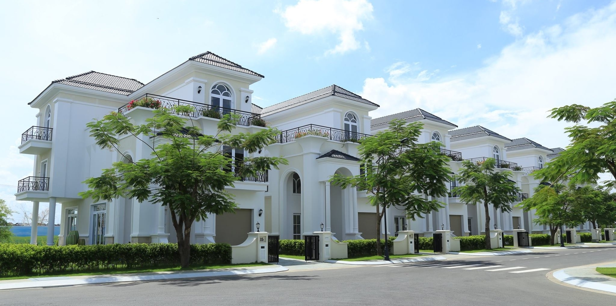 Thực tế mẫu nhà tại khu biệt thự cao cấp Khang Điền - The Venica