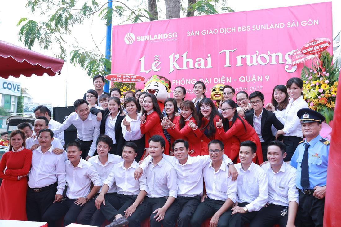 Tập thể công ty Sunland Sài Gòn