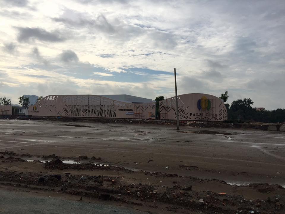 Thi công đoạn đường Song hành đang dần hoàn thiện giúp đường vào dự án palm Heighst palm city chỉ cách trung tâm quận 1 10 phút