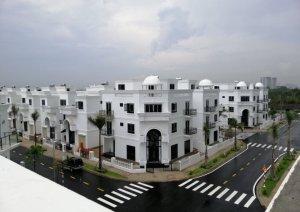 Chỉ với 4.350 tỷ đã sở hữu ngay căn nhà trong KDC biệt lập dt: 5x16 trệt 3 lầu  - 0909128189