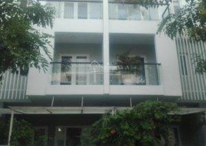 Cần bán gấp nhà phố 1 trệt 2 lầu, tiện ích cao cấp, dự án Mega Village. LH 0935190230