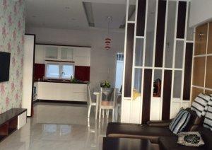 Cần cho thuê nhà 1 trệt 2 lầu, tiện ích cao cấp, giá 15tr/tháng LH : 0935190230