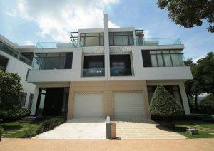 Bán căn J Biệt Thự Lucasta gần Siêu Thị Aeon Mall Q.9 dt: 11x19