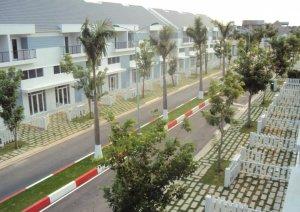Cần bán nhà F7 Mega Residence Dt: 5x16m Giá: 3,4 tỷ LH: 0932722884