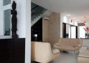 Bán biệt thự Khang An mặt tiền Võ Chí Công Q.9  dt: 8x23 nhà hoàn thiện  - 0909128189