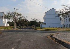 Bán đất nền TOPIA GARDEN KHANG ĐIỀN, dãy A, mặt tiền đường 16m, hướng đông nam. Mr Phong 0909866992